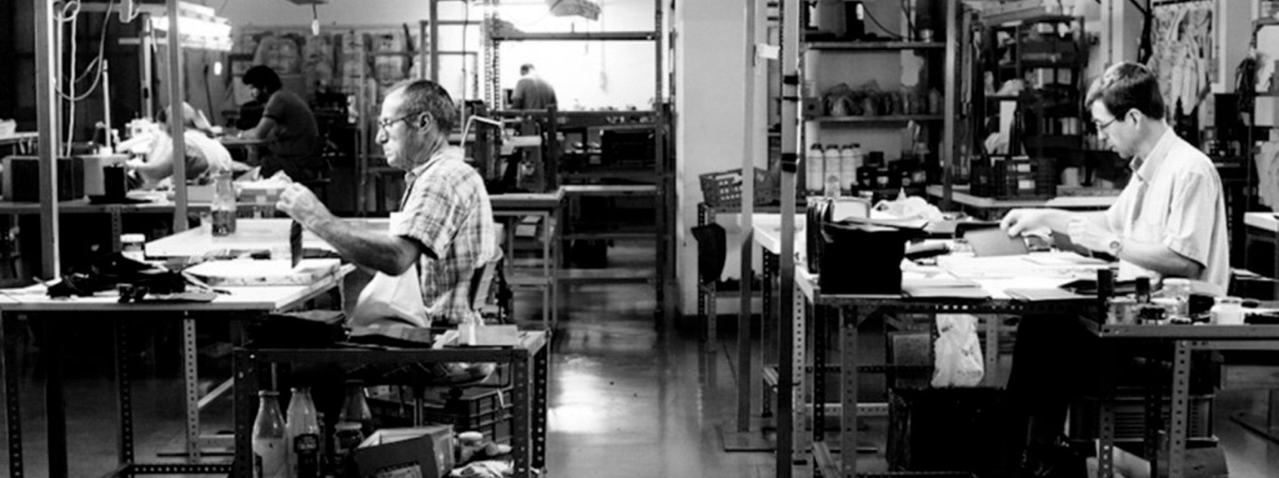 ubrique ville espagnole dont le savoir-faire des artisans est transmis de génération en génération